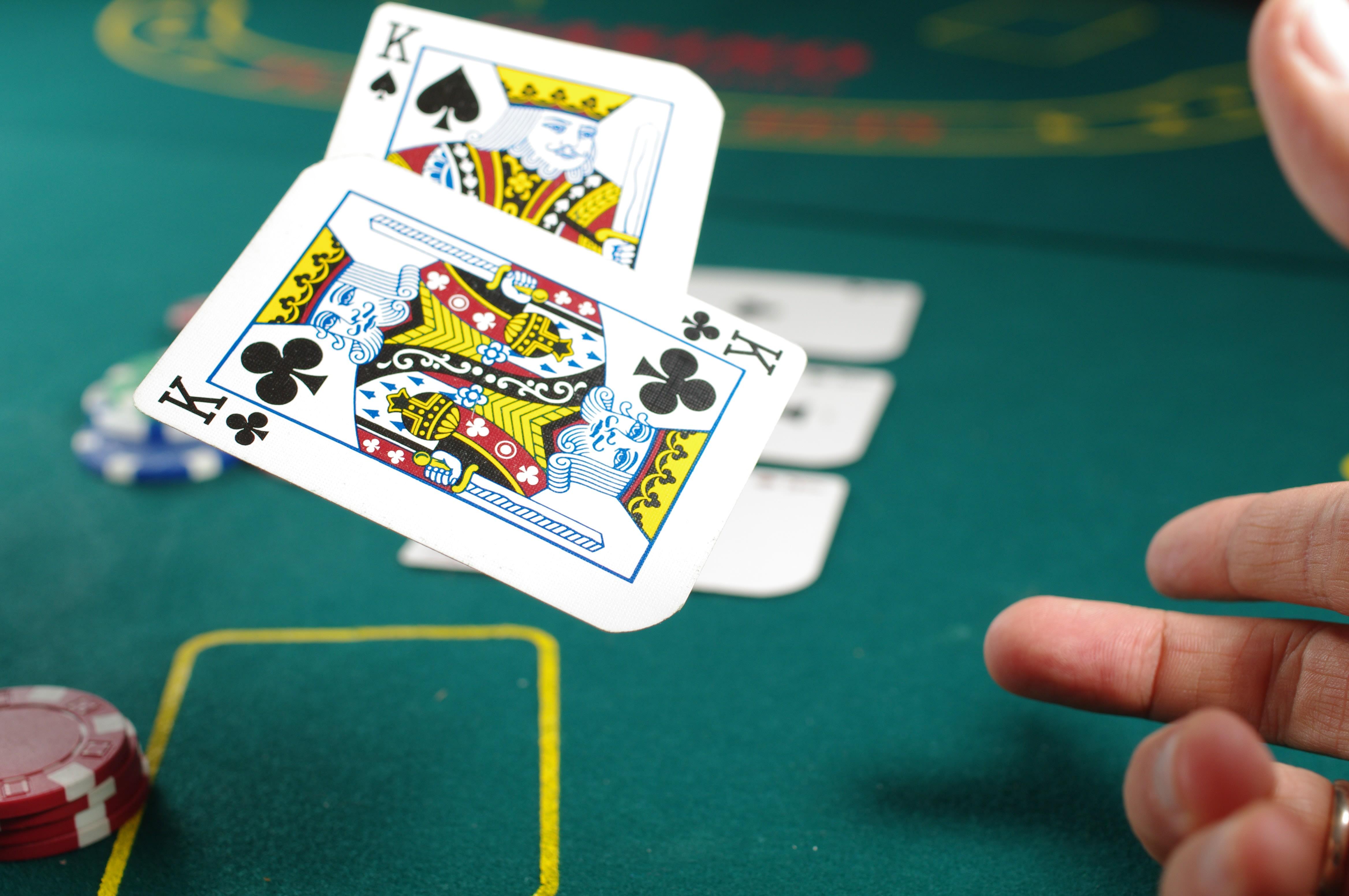 Ulasan Extreme Texas Hold'em (Evolution Gaming)
