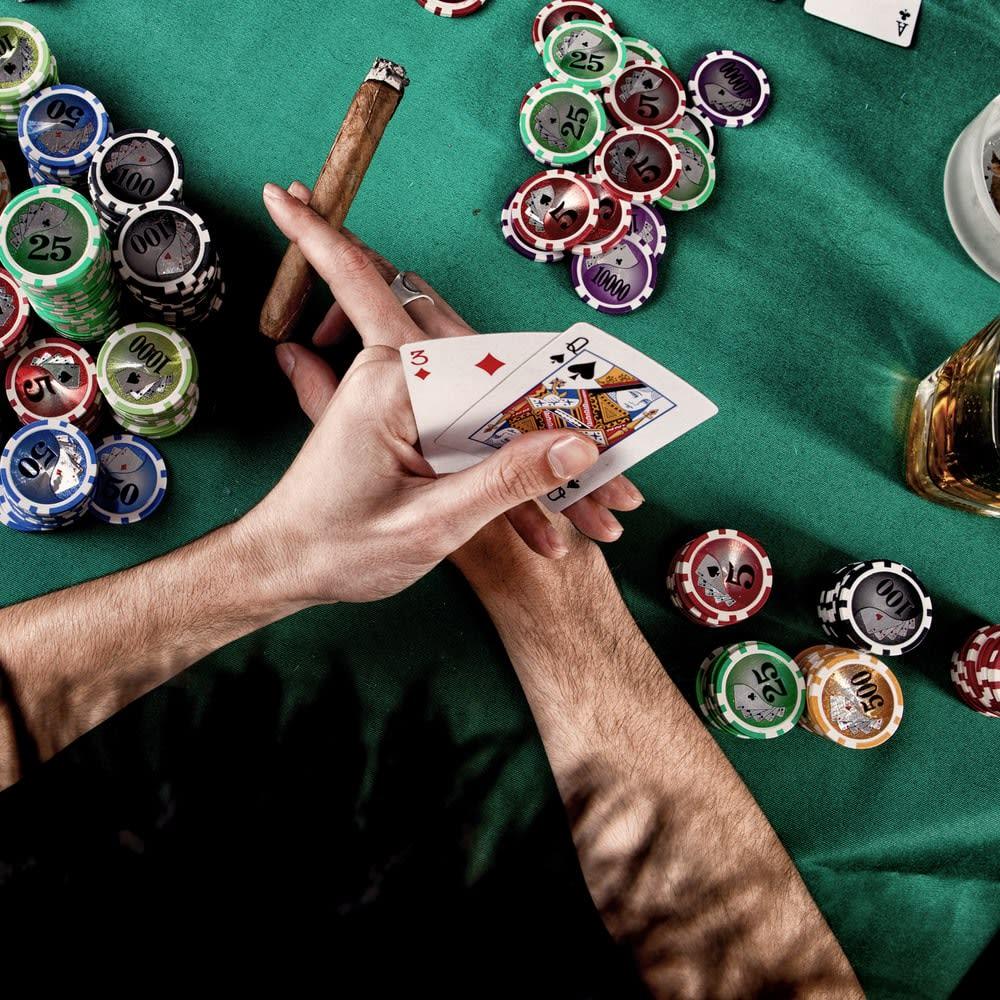 Kasino Texas Hold'em Online Teratas
